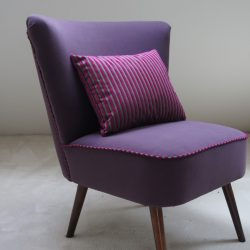 Fauteuil cocktail velours violet
