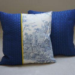 Coussin bleu toile de Jouy
