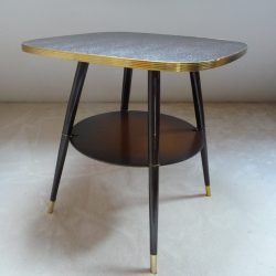 Table vintage pivotante