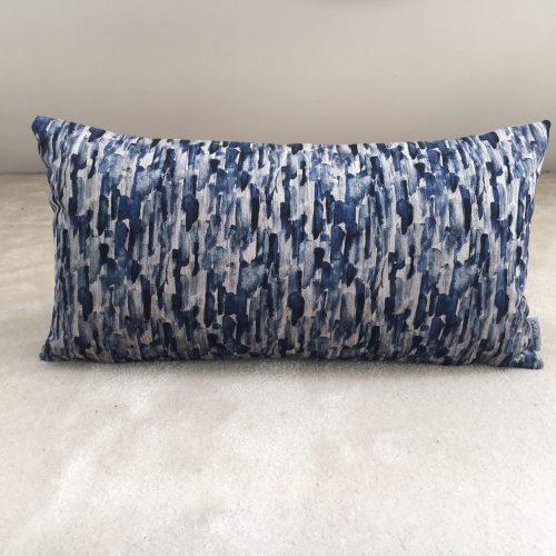 Coussin velours bleu strié
