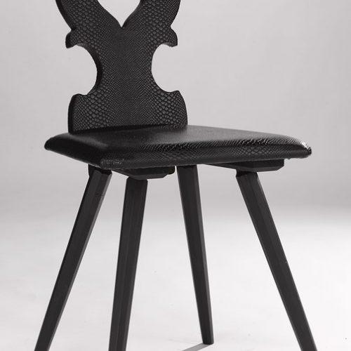 Chaise alsacienne noire